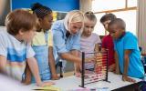 ЦБ подкинет школьникам задачки по финграмотности